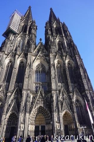 ケルン半日観光で行ったケルン大聖堂