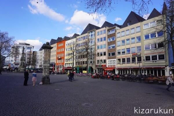 ケルン半日観光で行った旧市庁舎前の広場