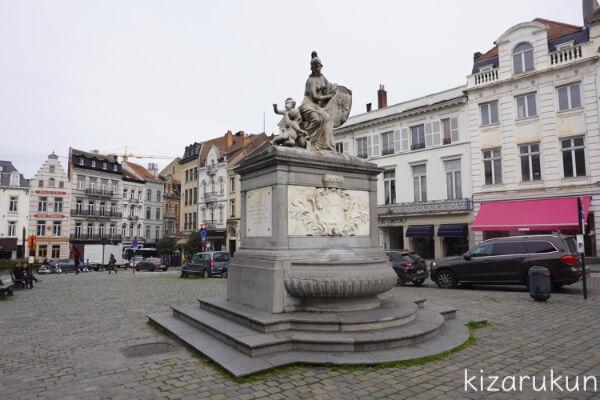 ブリュッセル半日観光で行ったグラン・サブロン広場