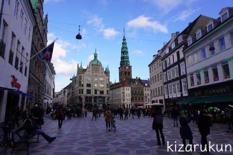 デンマーク・コペンハーゲン1日観光で散策したストロイエ:Stork Fountainとロイヤルコペンハーゲン本店