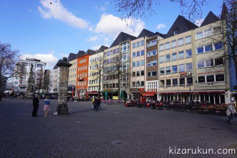 ケルン旧市街の広場